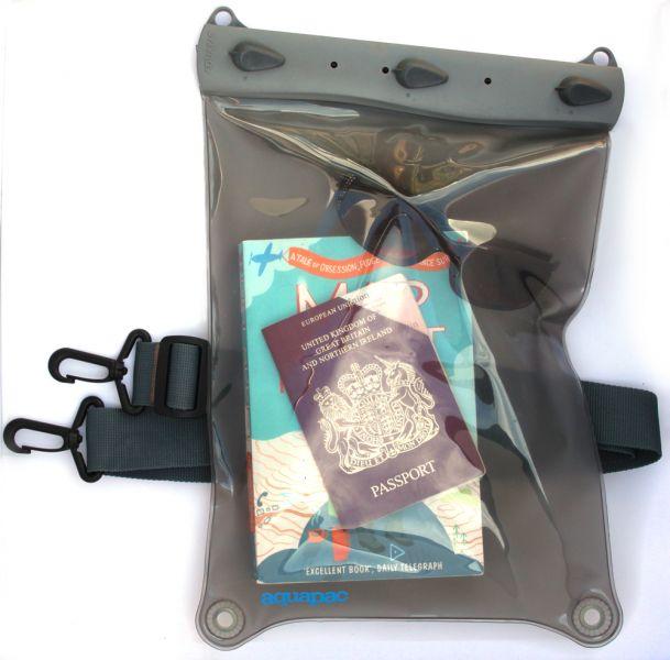 Iepakojums Large Whanganui Electronics Case Labošanas un kopšanas līdzekļi mugursomām