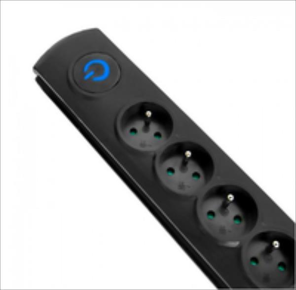 Surge protector QOLTEC | 6 power socket | 3,0m elektrības pagarinātājs