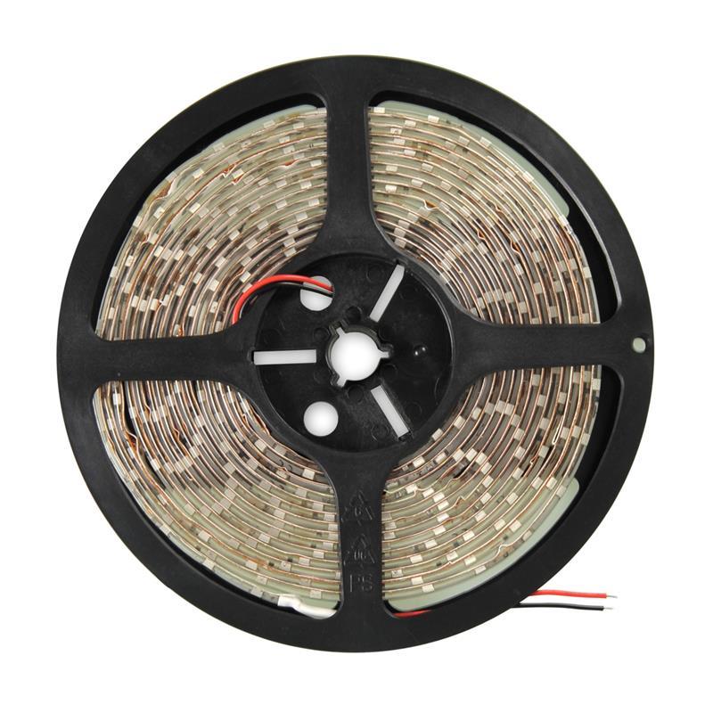 Whitenergy Flexible LED Strip 5m waterproof cold white 6000K/ LED60psc/m 4.8W/m 12V apgaismes ķermenis
