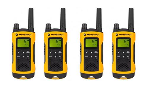 Motorola TLKR T80 EXTREME QUAD short-wave radio, 10 km, Black-Yellow 4pcs rācijas
