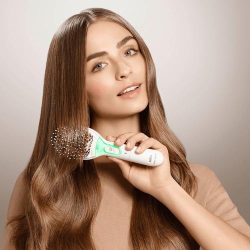 Braun BR750 Satin Hair Ionic Brush, White Matu veidotājs