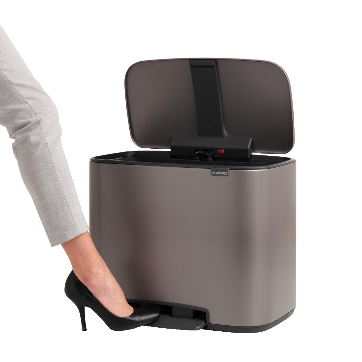 BRABANTIA Bo pedāļa atkritumu tvertne, ar 2 iekšējiem spaiņiem (11 +23 litri), Platinum 121203 atkritumu tvertne