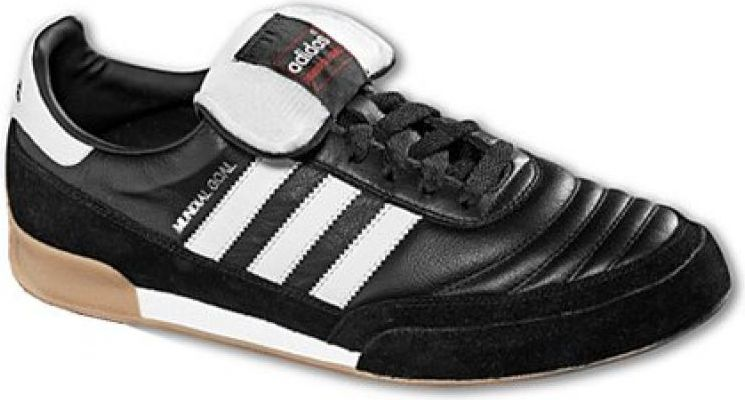 Adidas Football boots Mundial Goal IN black and white. 42 2/3 (019310)