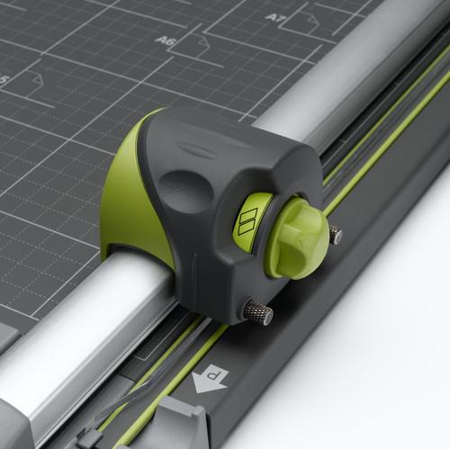 Trimmer REXEL SmartCut A425 Pro 4w1 biroja tehnikas aksesuāri