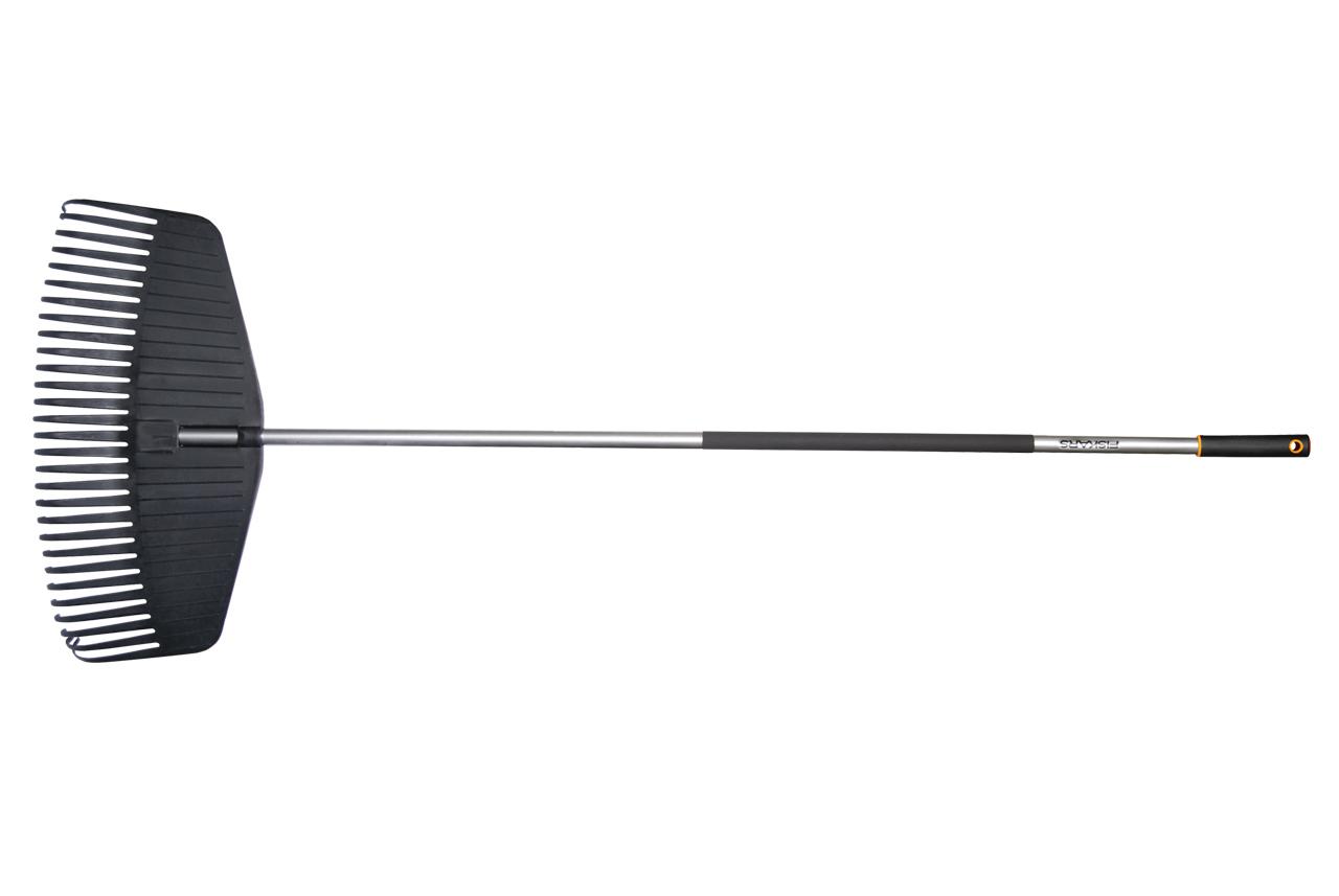 Fiskars Grabie do lisci z trzonkiem aluminiowym szerokosc 511mm - 135570 FS135570 grābekļi